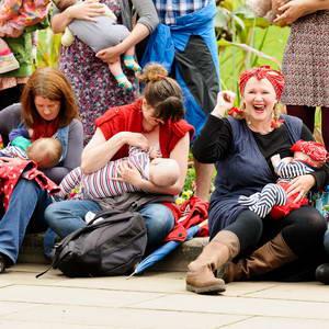 Bristol Mother Suckers stage pro-breast feeding Flash Mob in Bri