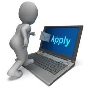 apply to job on laptop